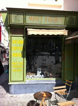 Aksum Coffee House : a place with character