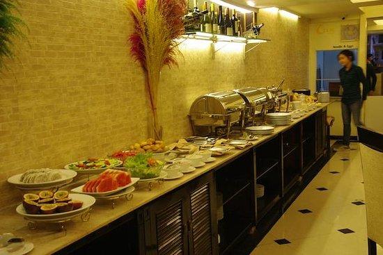 Hanoi L'Heritage Hotel: salle de restaurant