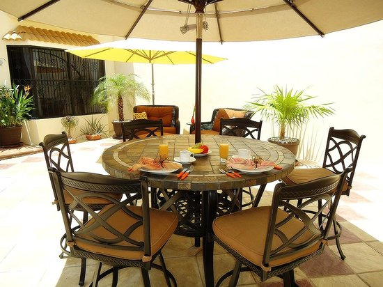 Bed and Breakfast Cancun: Patio