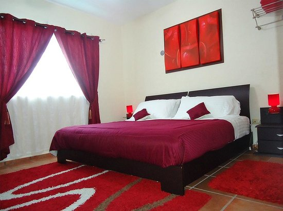 Bed and Breakfast Cancun: Red room