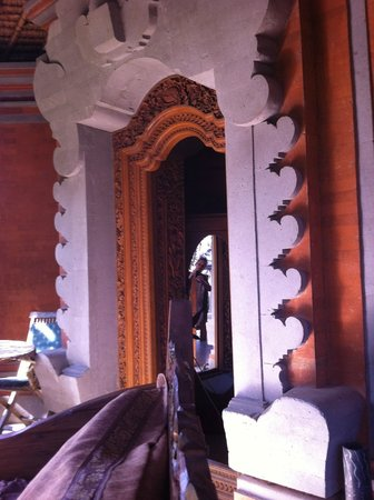 Bali Homestay Cepaka: Door to the room