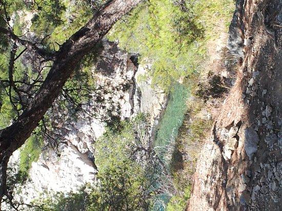 Calanque du Sugiton : Le bleu turquoise de l'eau ...