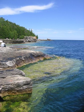 Tobermory, Canada: clear waters of georgian bay