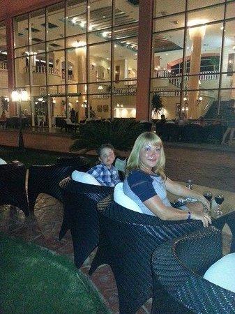 Nubian Island Hotel: отдыхаем после ужина
