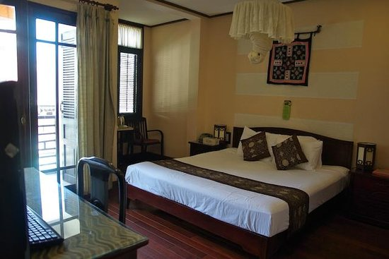 Vinh Hung Library Hotel : chambre 039