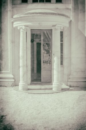 Soho House Museum: Front Door