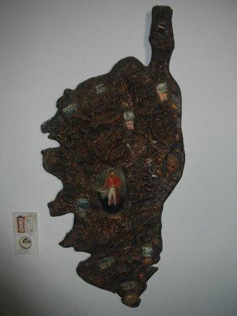 Camping Les Ilots d'Or : la corse map en bois