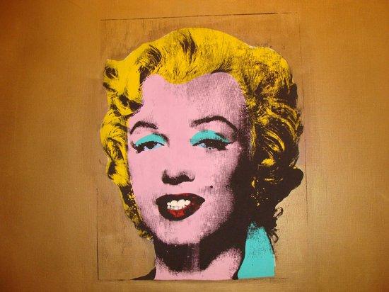 The Museum of Modern Art (MoMA): Всемирно известный портрет Монро