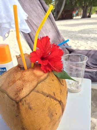 Le Meridien Bora Bora : You should try the chilled coconut water!
