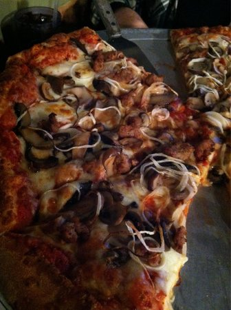 Main St Pizza Company: Mushrooms, onions and sausage