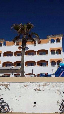 HOTEL MONTERREY COSTA: Fachada del hotel!