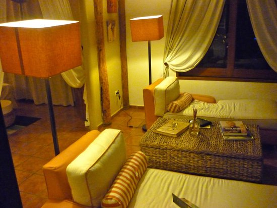 CasaSandra Boutique Hotel : Suite area
