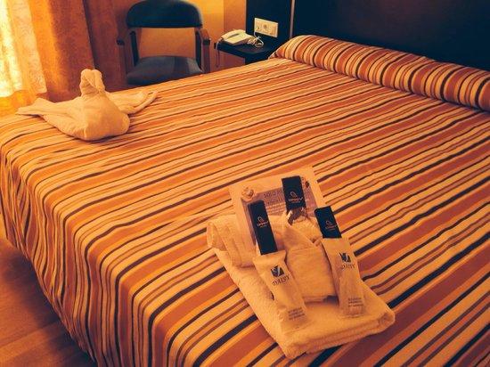 HOTEL MONTERREY COSTA: Detalles de bienvenida