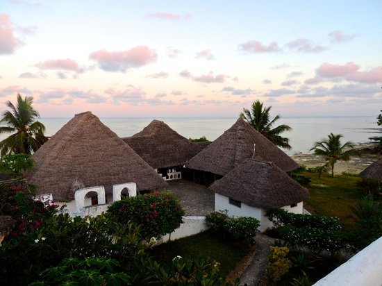 Chuini Zanzibar Beach Lodge: view from the sultan's tower at sunrise