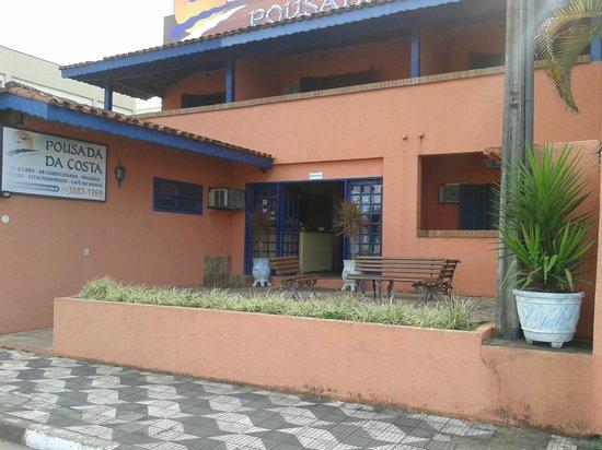 Pousada da Costa Caraguatatuba : A fachada redecorada
