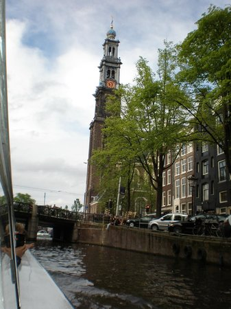 Hampshire Hotel - Beethoven Amsterdam: View of Old kirk during canal trip