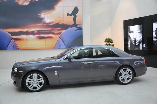 BMW Welt: Come see the newest Rolls Royces