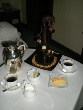 The Peninsula Bangkok: We ordered coffee and got an elephant tree of chocolate truffles!