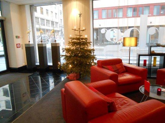 Park Inn by Radisson Oslo: La Hall