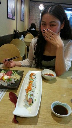Sushi Berry: The philly roll was perfect!