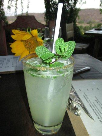 Los Tamarindos: Yum