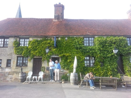 Heathfield, UK: Perfect summer's day beer @ The Star