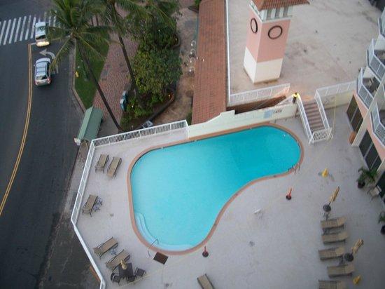Park Shore Waikiki: pool view