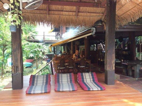Tonnam Homestay: la terrasse petit dejeuner