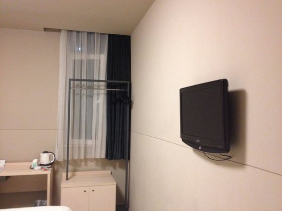 Jinjiang Inn Xining Dashizi: There's Telly in every room