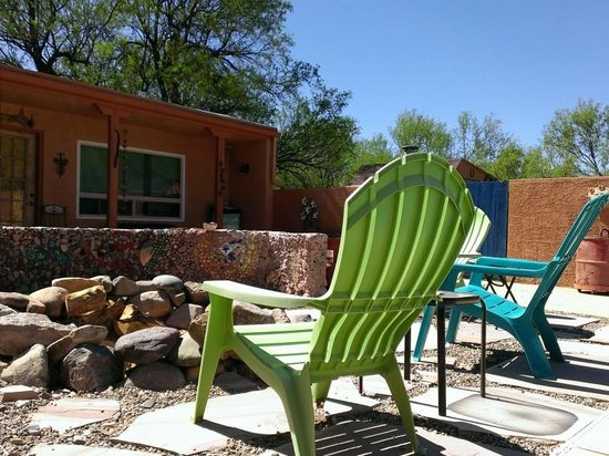 Lazy Dog Ranch : fire pit by the pool and La Casita