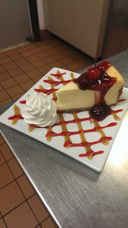 Diromio's Pizza and Grill: Beautiful dessert