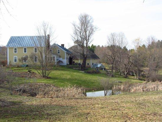 The Inn at Round Barn Farm: Beautiful Grounds