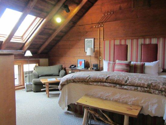 The Inn at Round Barn Farm: Richardson Room