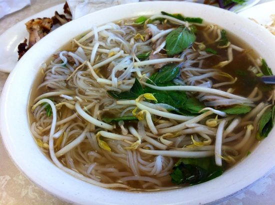 Pho Hoang : my Pho after adding my condiments