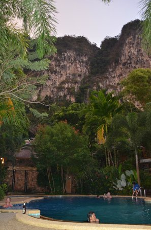 Phu Pha Ao Nang Resort and Spa: jungle