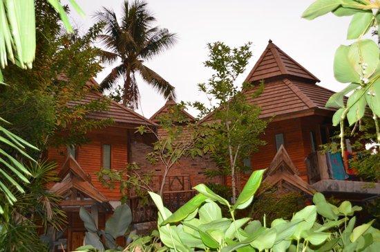 Phu Pha Ao Nang Resort and Spa: vue du jardin