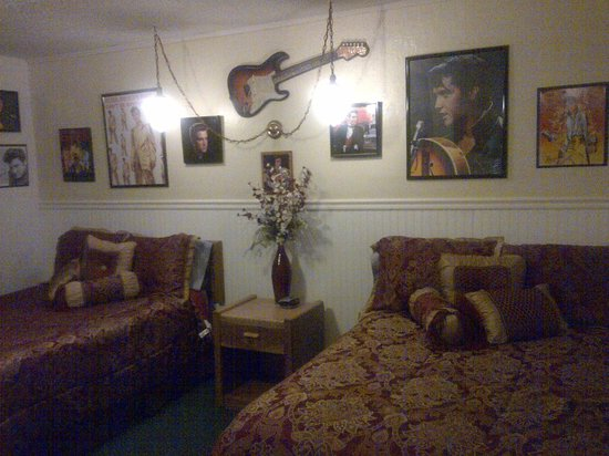 Delta Motel: The Elvis Room