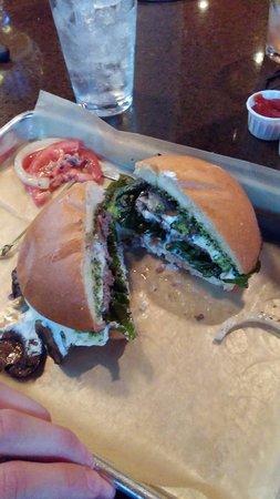 Hopdoddy: Magic mushroom burger
