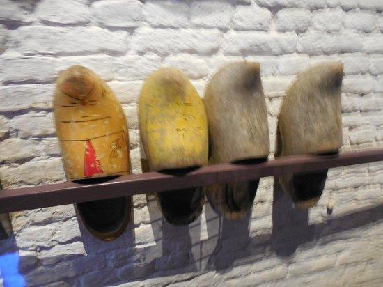 Réseau de moulins de Kinderdijk-Elshout : shoes