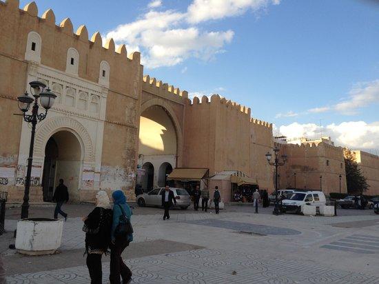 Medina : 外壁の状況