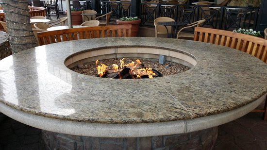 Hilton Virginia Beach Oceanfront: FirePit