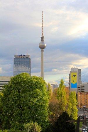Ibis Berlin Mitte: View towards Alexanderplatz from our room