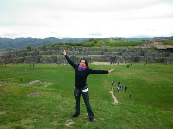 Sacsayhuamán: base de las ruinas