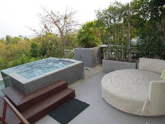 Rest Detail Hotel Hua Hin: Balcony Area