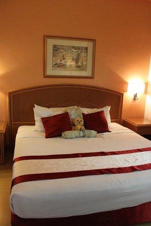 M Suites Hotel: Bedroom
