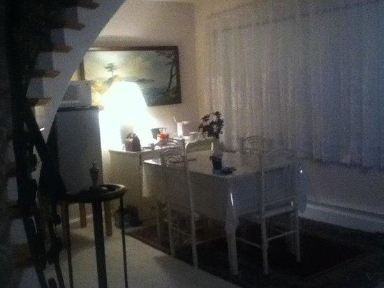 The Cardinal Inn: The suite