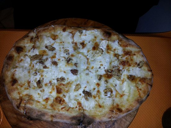 Pizza miel ch u00e8vre noix Picture of La Lia, Sainte Genevieve des Bois TripAdvisor # Pizza Sainte Genevieve Des Bois