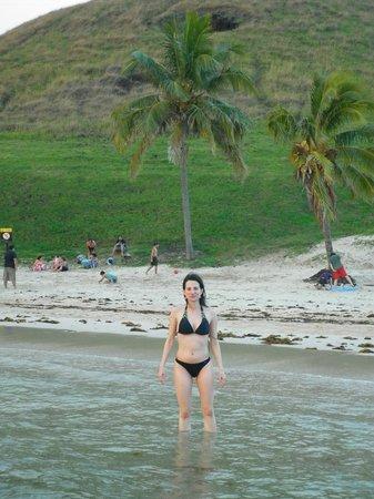 Anakena Beach: el agua de Anakena...