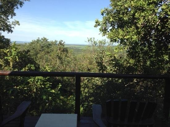 Manyatta Rock Camp : Lodge number 9, spectacular deck view