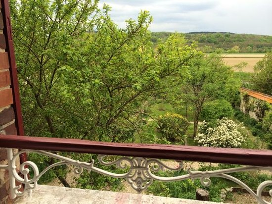 Les Jardins d'Helene : View from the Barcarolle bedroom